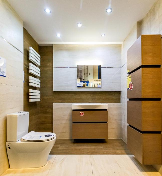 Łazienka w beżach i brązach