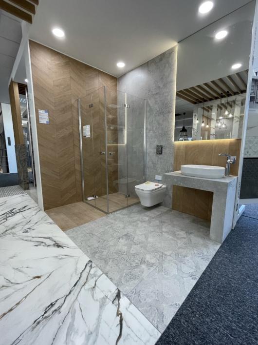 Minimalistyczna łazienka w BLU Kędzierzyn-Koźle