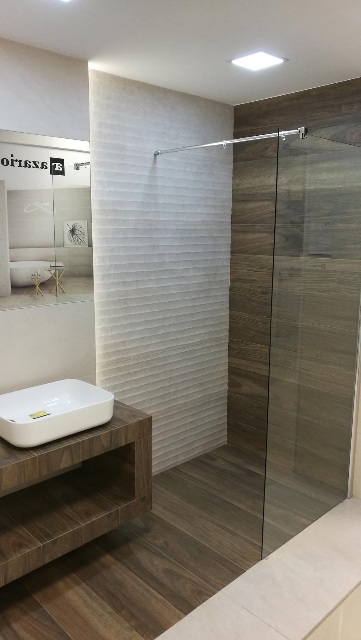 Aranżacja kolekcji Azario Natorre - zdjęcie od BLU salon łazienek Siedlce