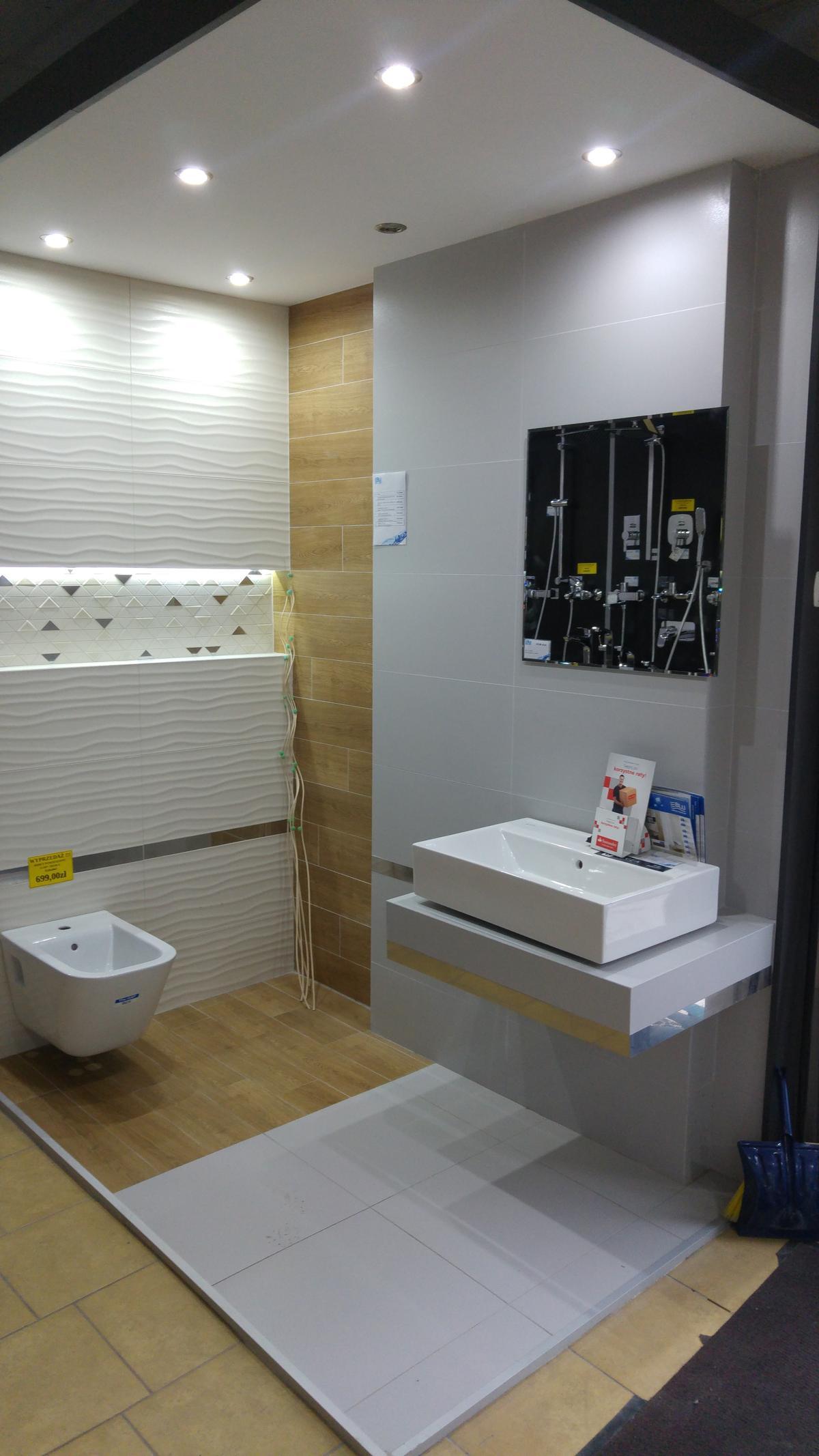Aranżacja łazienki Tubądzin Perlato - zdjęcie od BLU salon łazienek Ciechanów