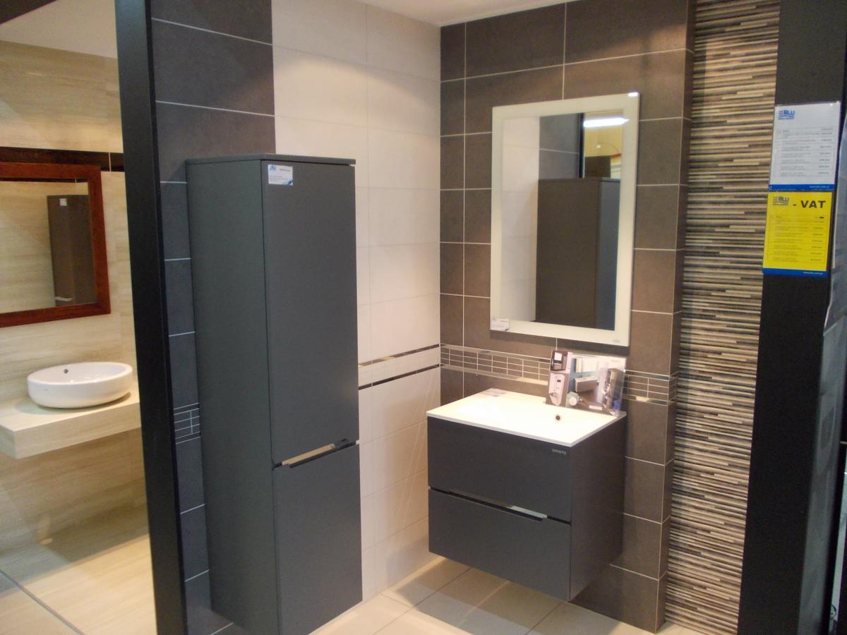Aranżacja łazienki Tubądzin Zirconium w Bochni - zdjęcie od BLU salon łazienek Bochnia