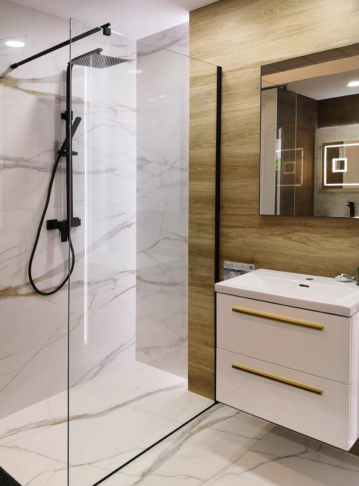 Aranżacja minimalistycznej łazienki w BLU Chełm - zdjęcie od BLU salon łazienek Chełm