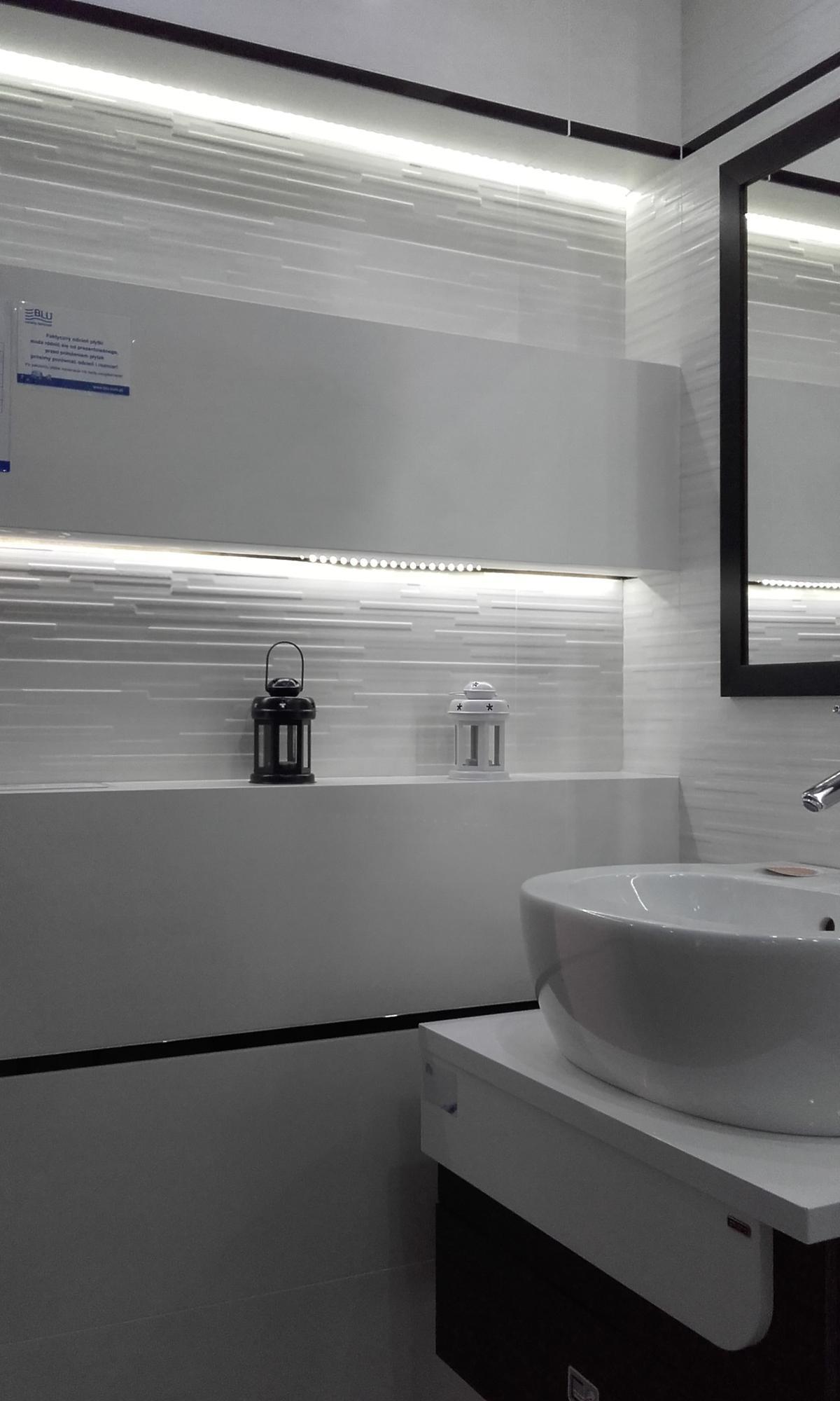 Białe płytki Paradyż Tequila - zdjęcie od BLU salon łazienek Płońsk