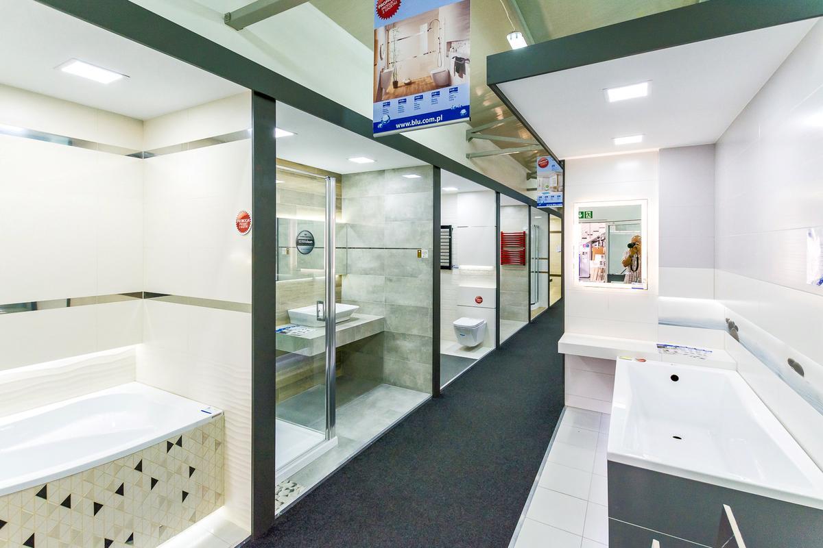 Boksy ekspozycyjne płytek i ceramiki w BLU salon łazienek w Giżycku - zdjęcie od BLU salon łazienek Giżycko