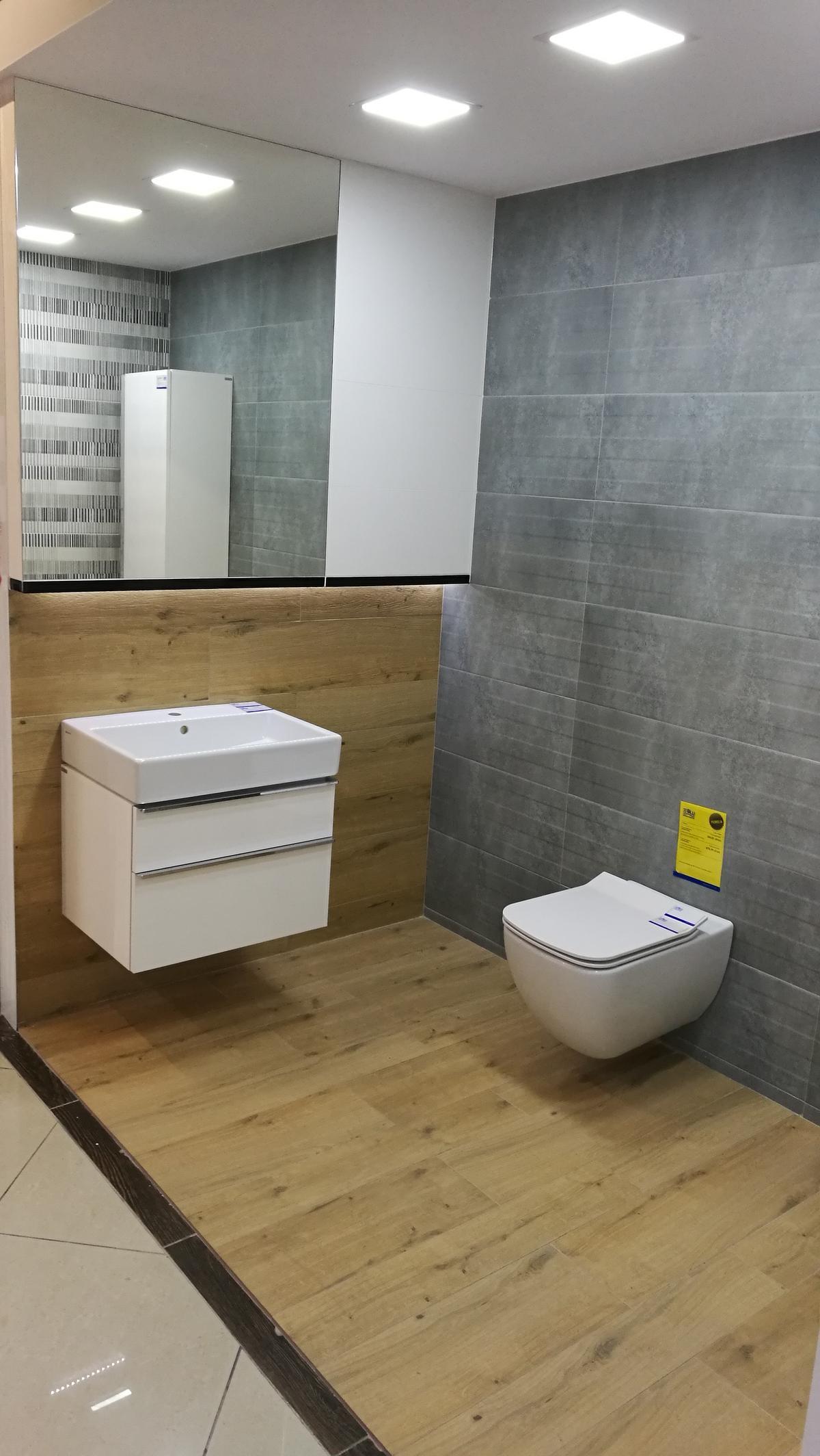 Ekspozycja marki Opoczno w BLU Siedlce - zdjęcie od BLU salon łazienek Siedlce