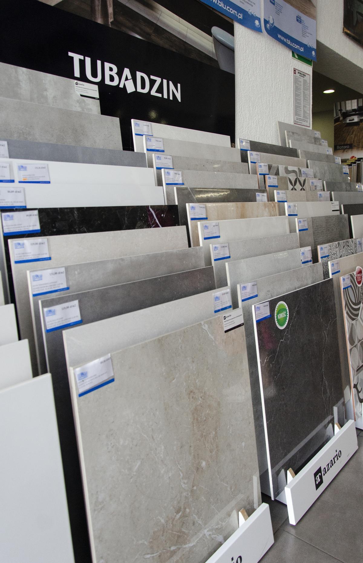 Ekspozycja płytek marki Tubądzin w BLU Kołobrzeg - zdjęcie od BLU salon łazienek Kołobrzeg