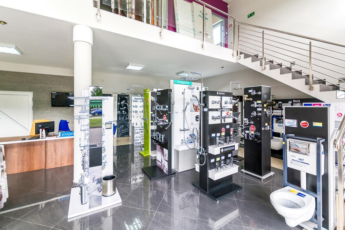 Ekspozycje baterii w BLU salon łazienek w Giżycku - zdjęcie od BLU salon łazienek Giżycko