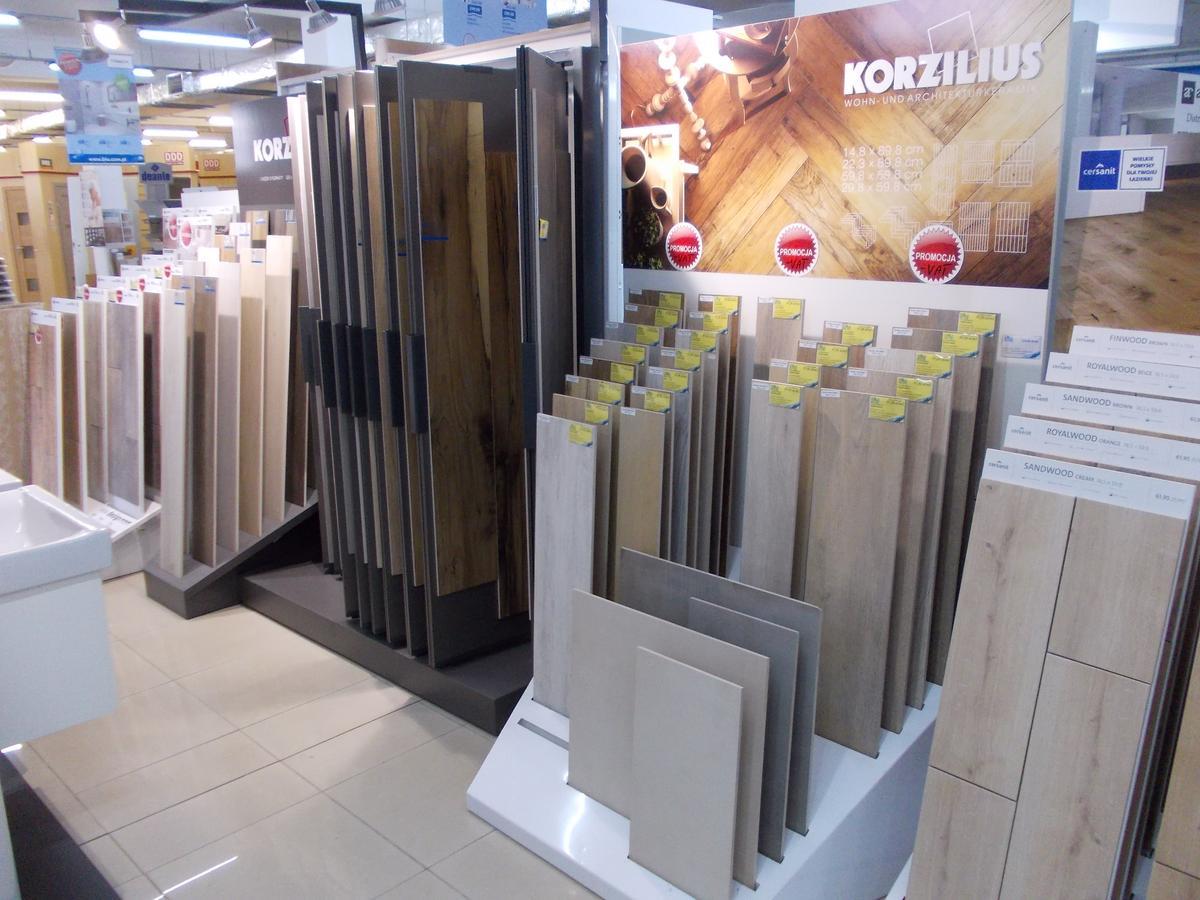 Gres drewnopodobny w ofercie salonu BLU - zdjęcie od BLU salon łazienek Bochnia