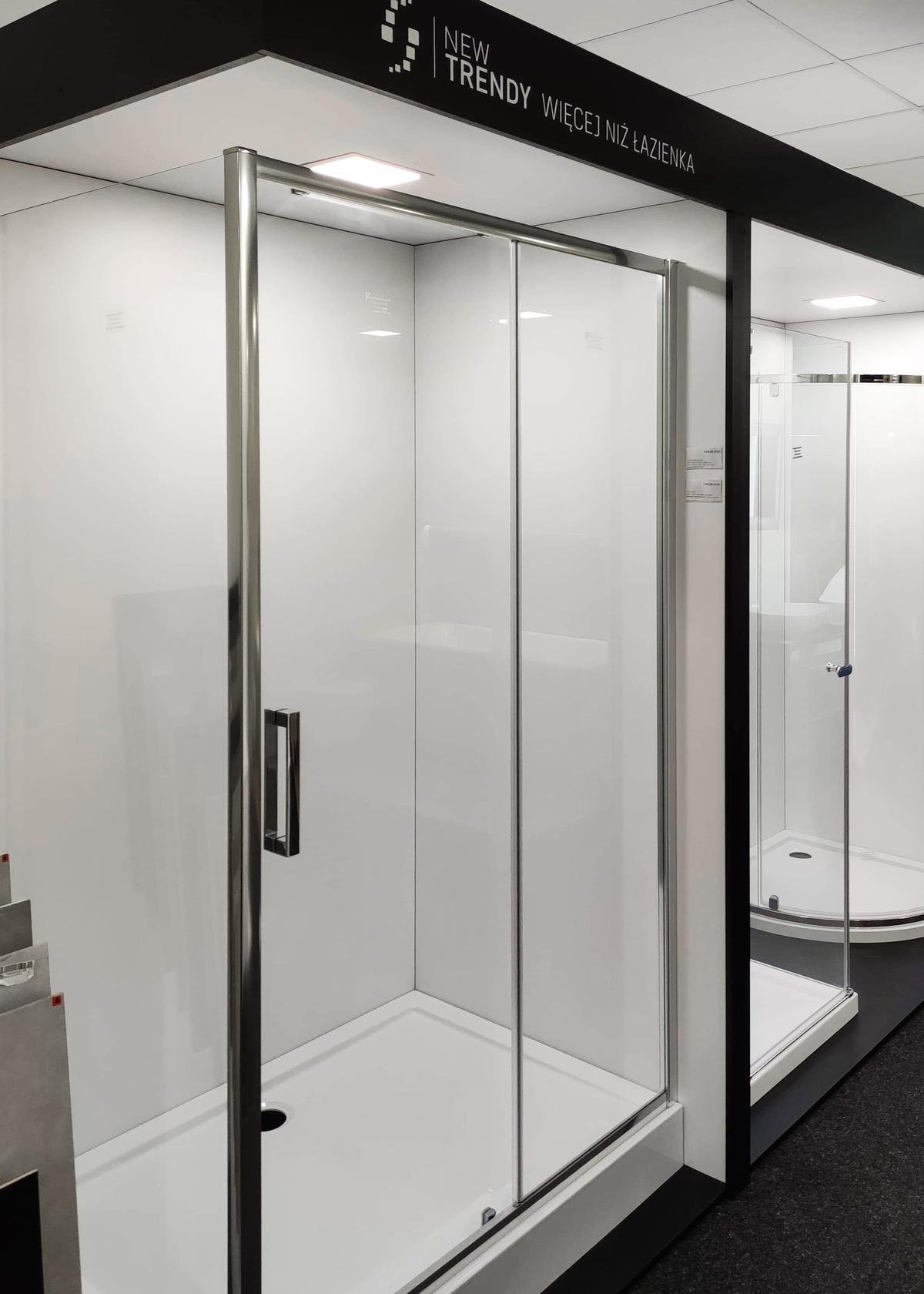 Kabiny prysznicowe New Trendy w BLU Września - zdjęcie od BLU salon łazienek Września