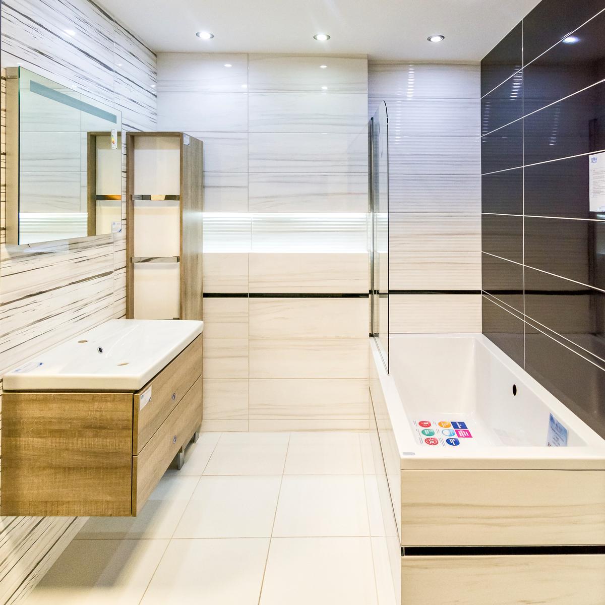 Kreski, paski, smugi - Opoczno Artistic Way - zdjęcie od BLU salon łazienek Włocławek