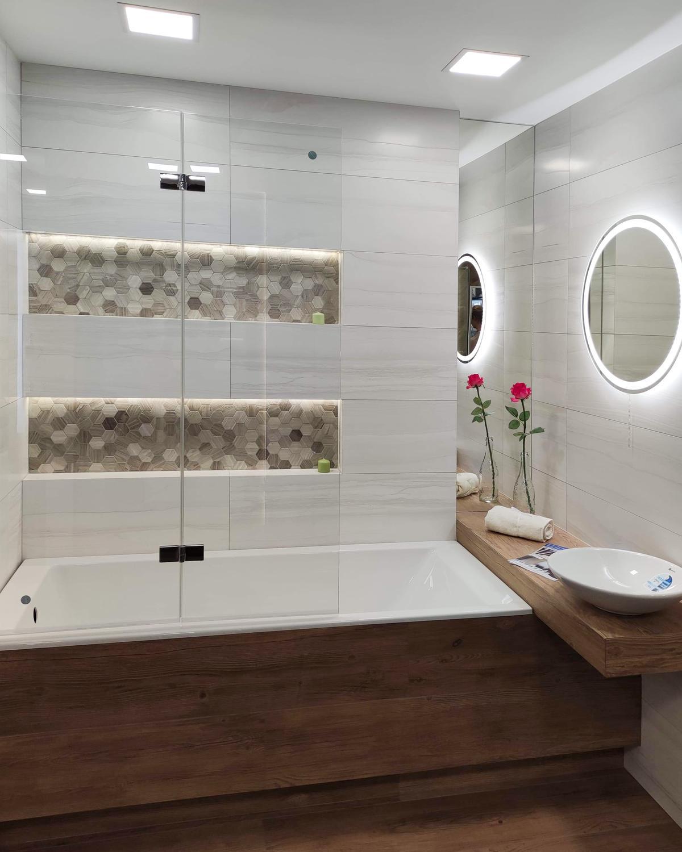 Parawany nawannowe w BLU Września - zdjęcie od BLU salon łazienek Września