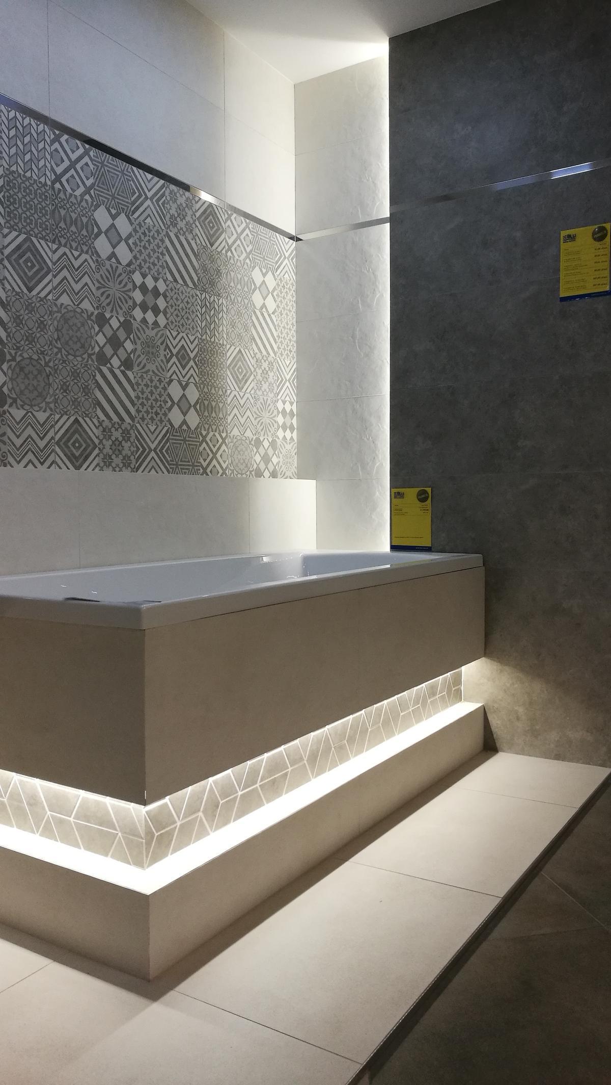 Patchworkowy szyk w łazience - Tubądzin Igara - zdjęcie od BLU salon łazienek Siedlce