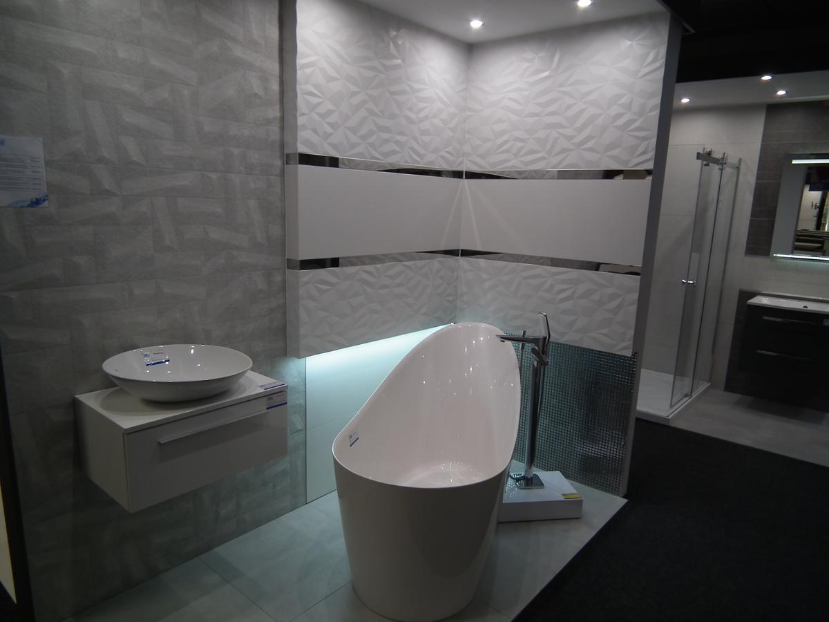 Płytka łazienkowa strukturalna - Azario Nevesta - zdjęcie od BLU salon łazienek Poznań