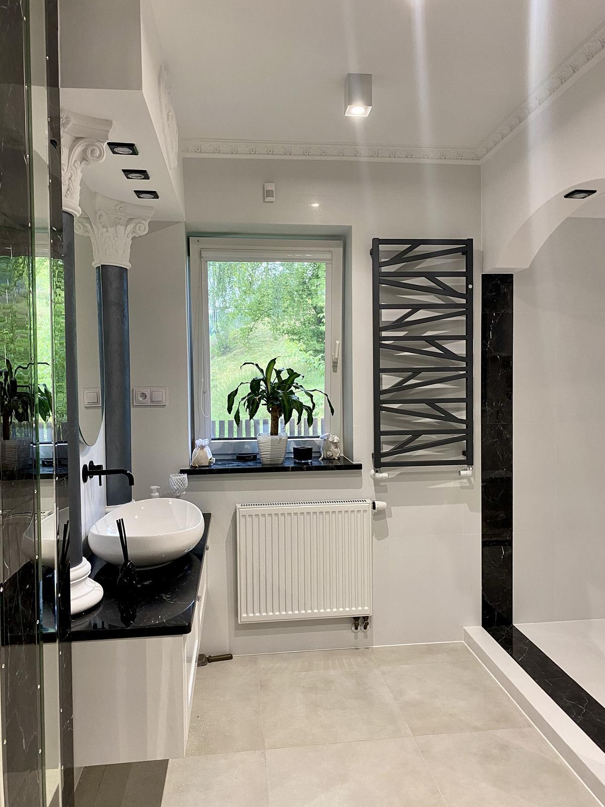 Zrealizowany projekt eleganckiej łazienki BLU Łomża - zdjęcie od BLU salon łazienek Łomża